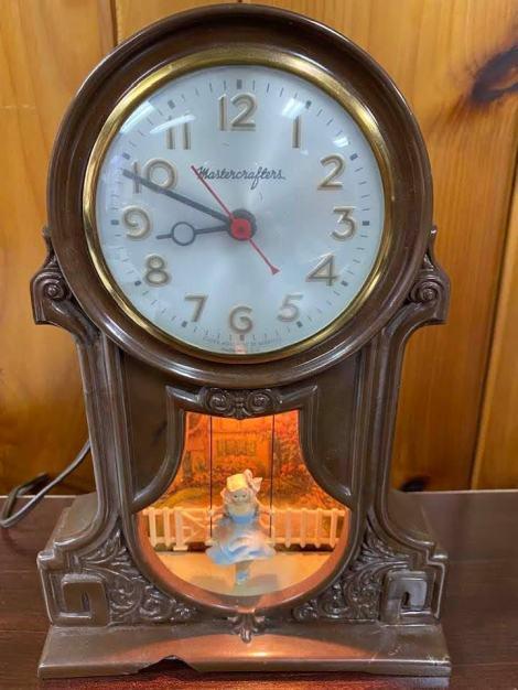 grandmas-clock